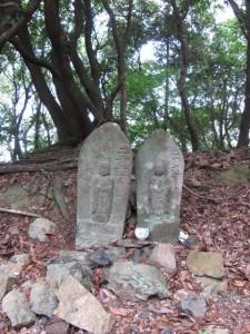 地蔵町石、二十六丁(U16)、二十六丁(U17) - 宇治岳道