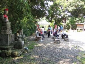 かき氷の接待(松尾観音寺)