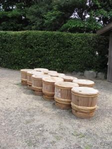鹹水が詰められた樽(御塩浜)