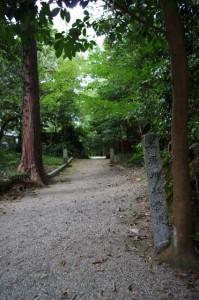 本居神社への参道(松阪神社)
