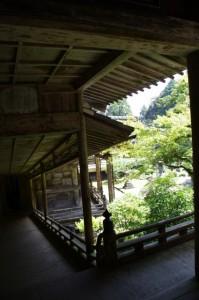 聖天堂から金堂への回廊(青峰山正福寺)