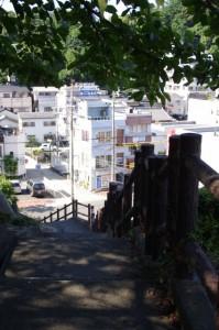 城山児童公園から下る階段