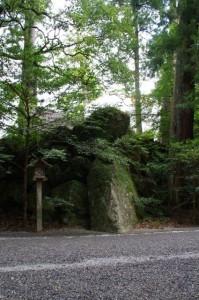 籾種石と新御敷地(内宮)