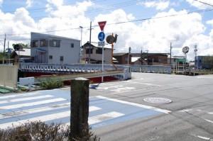 「ちびき神社」の道標から外城田橋
