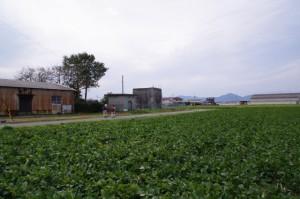 水路塔(神服織機殿神社から神麻続機殿神社へ)
