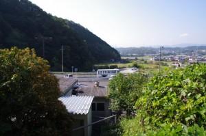 近鉄 榊原温泉口駅ホームからの風景