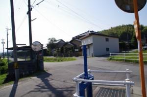 五叉路 (み歴マ 初瀬 61)近くの街道の残骸