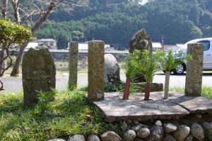 成福寺付近の庚申塔