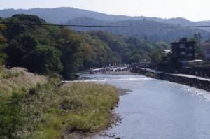 新橋から望む五十鈴川上流