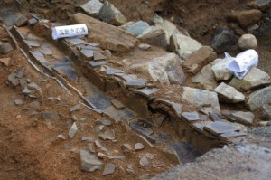 鳥羽城跡発掘現場 150