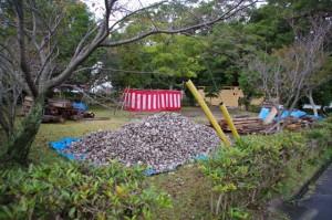 餅まきの準備(御薗神社)