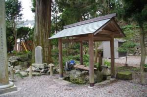 手水舎(賀多神社)
