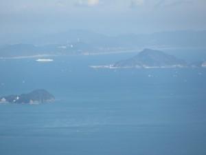 渥美半島と神島