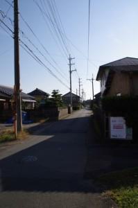 虹が丘団地への交差点付近(片野神明神社~忘れ井)