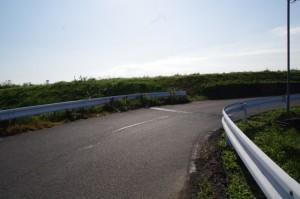 以前の小川橋が架かっていた辺り