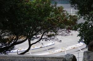 神宮御料鰒調製所の前から見える二船(前の浜)