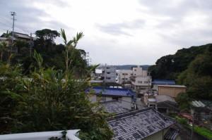 海士潜女神社から国崎漁港へ(山側のルートで)