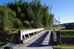 西山橋(三谷川)