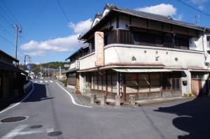 青山郵便局付近から阿保橋への途中