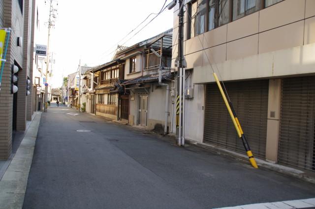 八雲小路(伊勢街道~八雲神社)