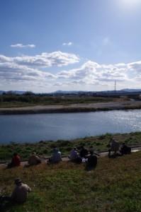 櫛田川の渡し場跡付近から対岸を望む