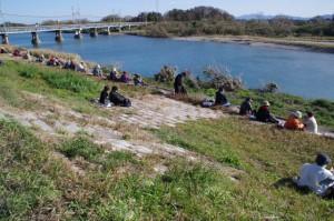 櫛田川左岸(渡し場跡付近)