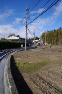 物部神社への参道入口付近