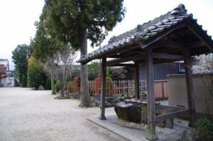 手水舎(野邊野神社)