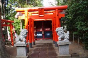 野邊野稲荷社(野邊野神社)