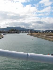 勢田大橋から望む上流