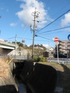 地金場橋(勢田川)付近の合流