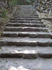 伊我理神社への階段