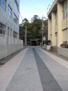 月夜見宮へ(神路通)