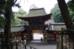楼門(石上神宮)