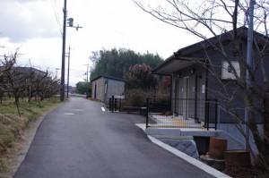 波多子塚古墳付近の公衆トイレ(山の辺の道)