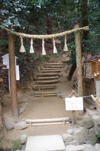 「神体山(三輪山)」への登拝口