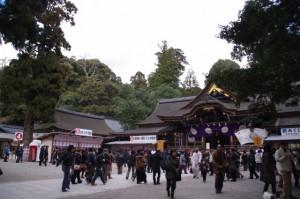 拝殿前(大神神社)
