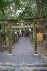 神宝(かんだから)神社(大神神社末社)