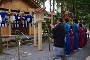 萬歳楽(櫲樟尾神社)