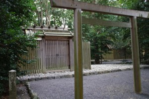 大土御祖神社、国津御祖神社
