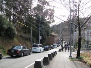 渋滞中の牛谷坂(古市街道)