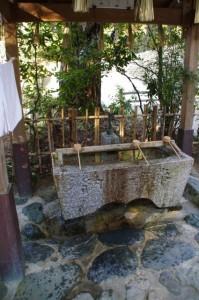手水舎(田丸神社)