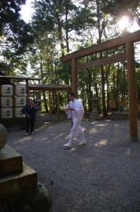 獅子頭神事の御饌の準備(田丸神社)