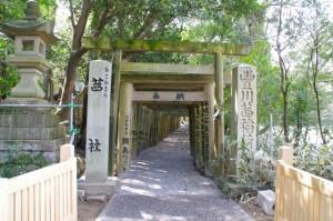 茜社、豊川茜稲荷神社への参道(外宮側)