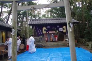 例大祭、鍬形祭の準備(九鬼岩倉神社)