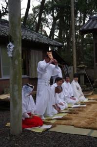 馬入れ、鍬形祭(九鬼岩倉神社)