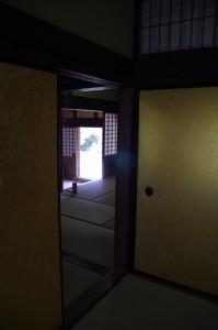 上段之間から玄関方向を望む(旧田丸城三の丸奥書院)