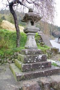 太神宮常夜燈(小屋集会所横)