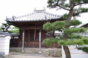福蔵寺の薬師堂