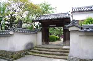 福蔵寺裏門、旧脇本陣の門(16)